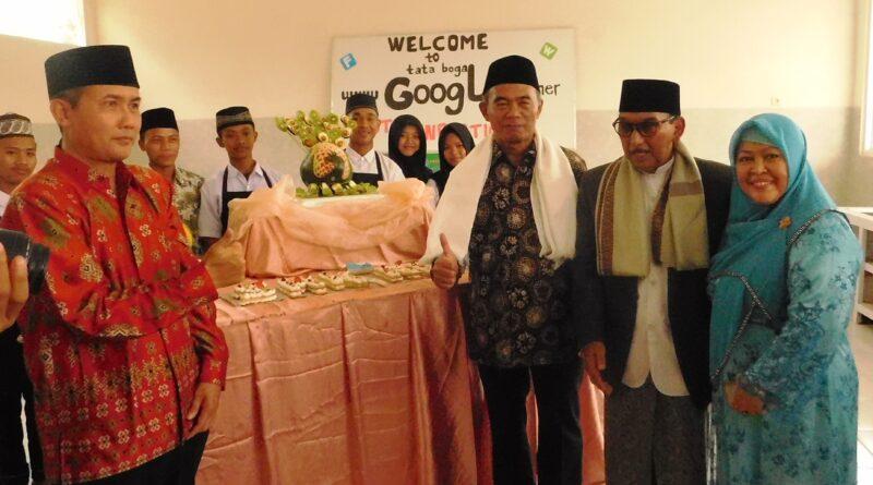 Peresmian SMK Kreatif Hasbullah oleh Muhadjir Efendy